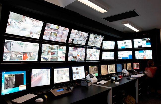 Мониторы системы видеонаблюдения для обзора происходящего